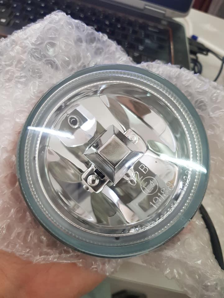 đèn gầm ford lazer